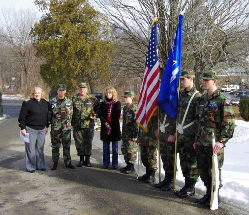 Odell Joins Putnam Civil Air Patrol for Wreath Ceremony
